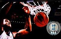 【NBA神迹】三次扣翻篮架的搞笑博士