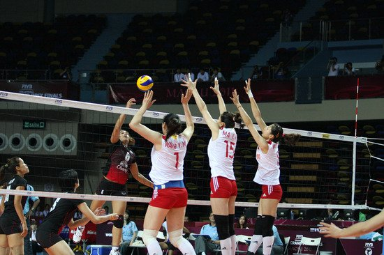 总决赛中国女排1-3泰国 首局仅得12分遭2连败