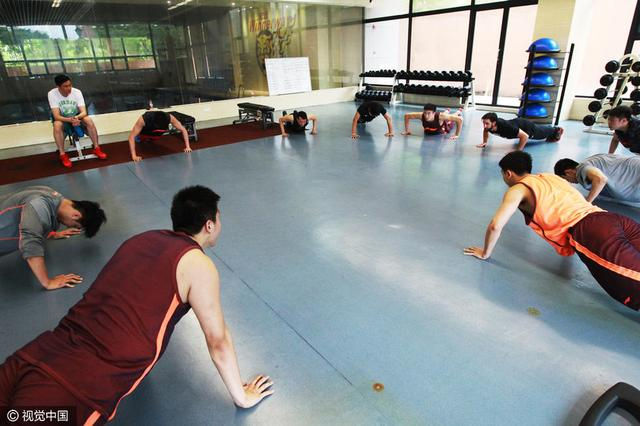 杜锋满意队员休假期未放松 将对个人定制训练