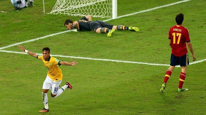 巴西3-0西班牙夺冠 内马尔封王战
