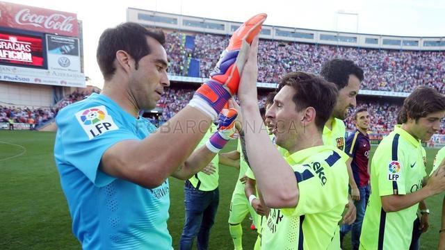 Barcelona players celebrate the win