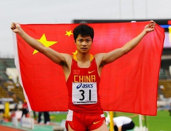 亚锦赛百米大战苏炳添卫冕 胜亚洲纪录保持者