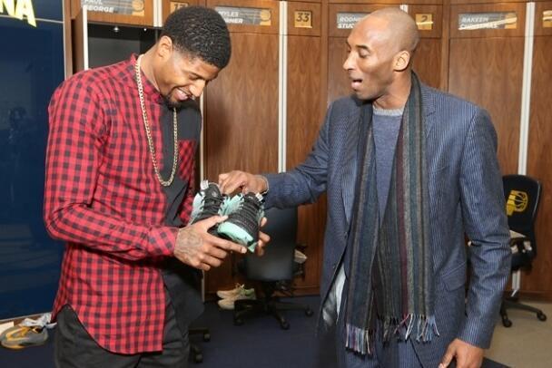 ESPN:NBA球员变科比粉丝 飞侠至少已送30双鞋
