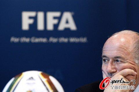 布拉特沉默对待FIFA黑金丑闻 英首相斥责BBC