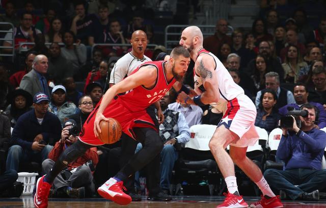 戈塔特乌龙球很新鲜? NBA神奇式进球看花眼