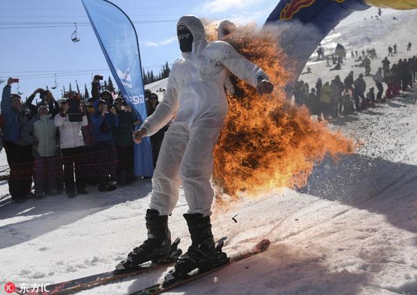 不值得!俄男子为争奖品点燃滑雪服致2级烧伤