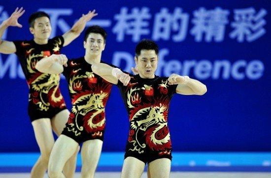 中国健美操教练:三人操丢牌因动作被判触地
