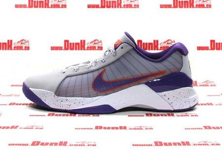 组图:Nike Hyperdunk 低帮纳什版 闪亮登场