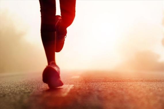 跑鞋里程达800公里需更换 跑步装备选对了吗?