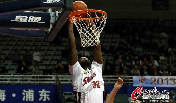 杰克逊28+16杜比砍26分 上海主场送辽宁3连败