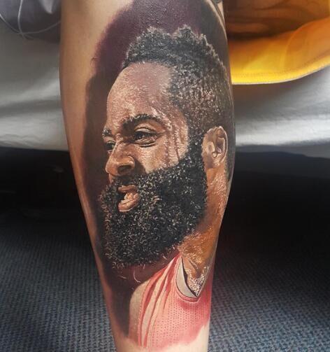 球迷晒小腿上哈登纹身