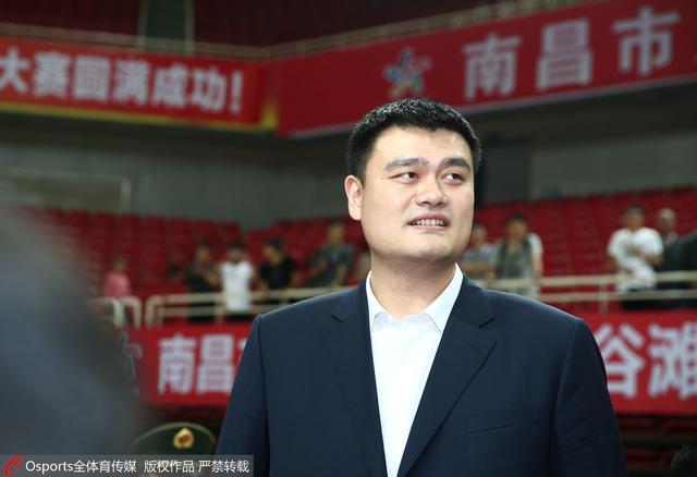 姚明:双国家队是为了竞争 宫指导当年也年轻