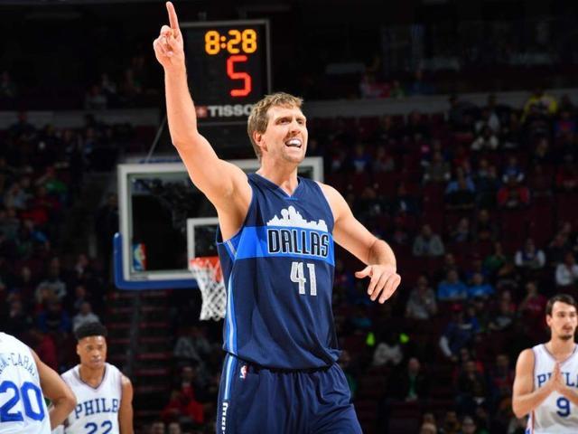 德克:刚进NBA时打小前锋 喜欢绰号大木乃伊