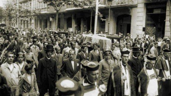 巴塞罗那足球俱乐部1930-1939年间的相关历史