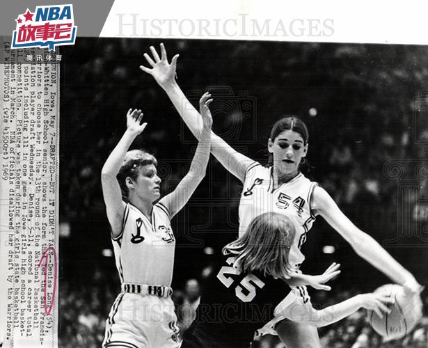 她是被NBA选中的第一位女球员 曾单场轰下111分
