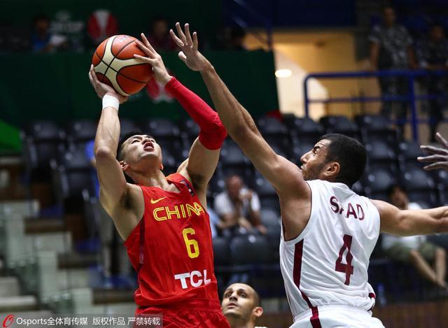 杜锋盛赞郭少:他是球队领袖 决定亚洲杯走向