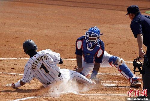 亚运会棒球:日本队18比0轻松战胜泰国队