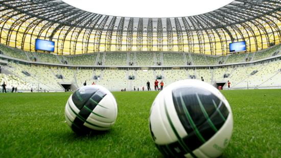 巴萨在波兰的比赛将择期举行