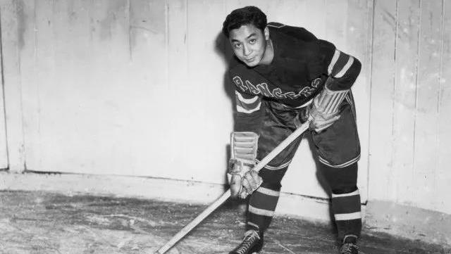 NHL首位华裔球员逝世 打破种族隔阂精神永存