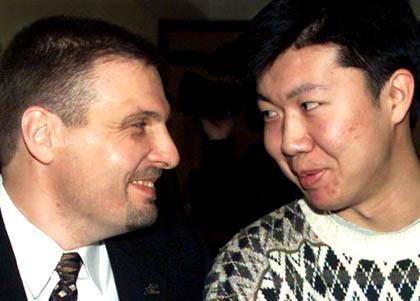 NBA局内人:他带中国军人进联盟 发掘林书豪