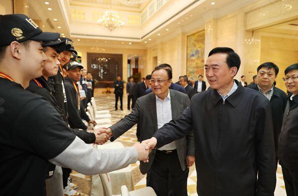 自治区领导接见新疆男篮 祝贺夺冠盼再接再厉