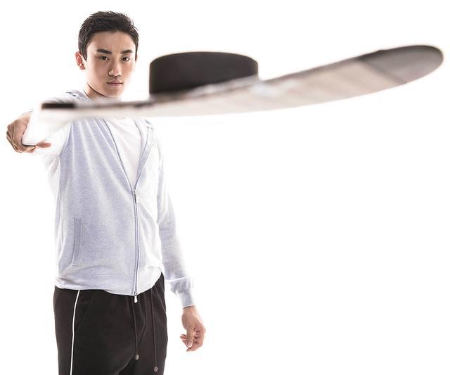 冰球王子宋安东:十岁留洋 在国外我就是中国