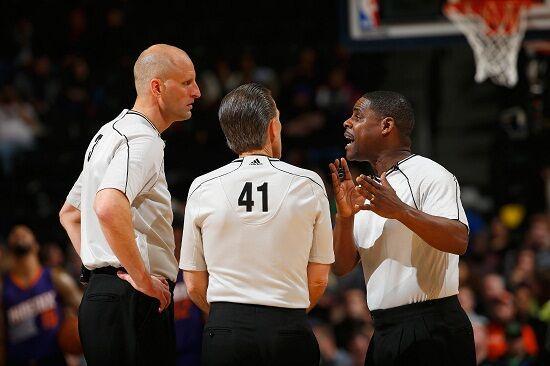 NBA将在发展联盟试验新制度 或增加1至2名裁判