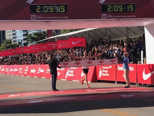 芝加哥马拉松1500中国人参赛 赴外三年增10倍