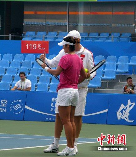 """网球""""一姐""""轻松应战 让中国队亚运夺冠""""板上钉钉"""""""
