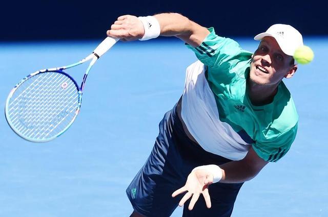 澳网-锦织圭横扫德名将 携伯蒂奇晋级男单次轮