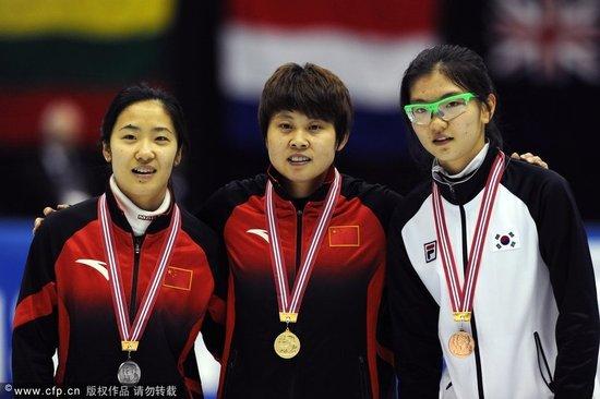 短道世界杯王濛500M实现三连冠 刘秋宏获亚军