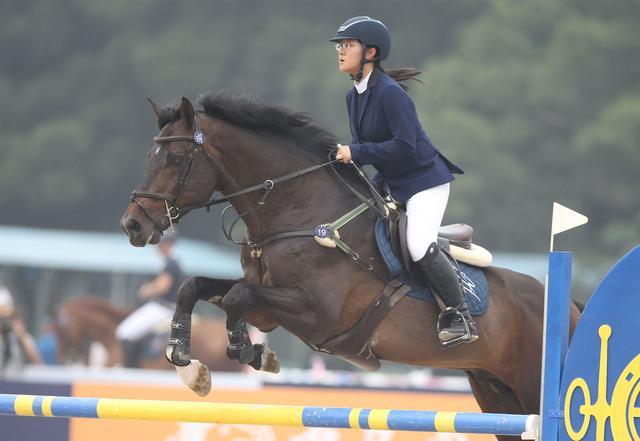 马术中巡赛广州总决赛落幕 中国骑手表现出色