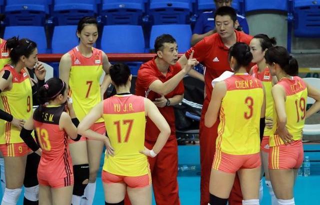 女排亚锦赛-中国0-3脆败日本 二队出征止步四强