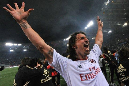 意甲-米兰0-0罗马夺7年首冠 112年18冠平国米