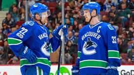 NHL中国赛北京站球星表现 塞丁兄弟发挥优异