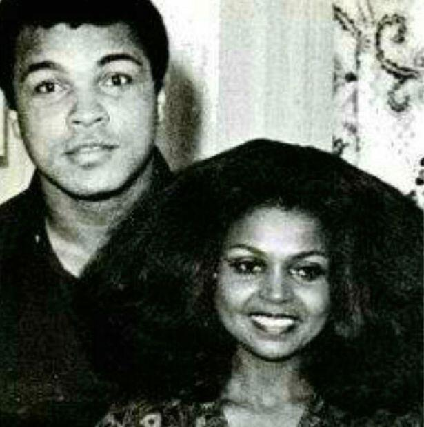 阿里和她的前女友