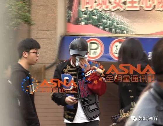 邹市明被逼带伤比赛 目前仍在上海长征医院治疗 - 点击图片进入下一页