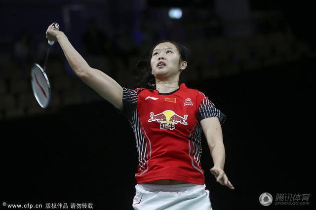 世锦赛上演中国德比 李雪芮横扫韩利晋级八强