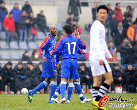 热身赛:申花3-1湘涛 阿内尔卡40秒闪电破门