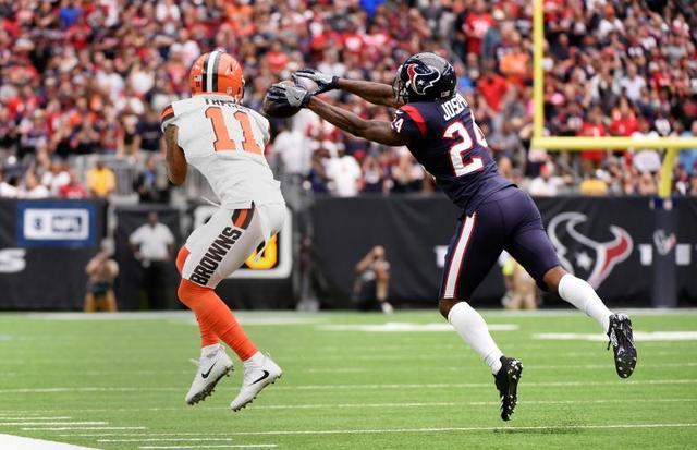 NFL第六周最佳球员:前第一跑卫8次获奖创纪录