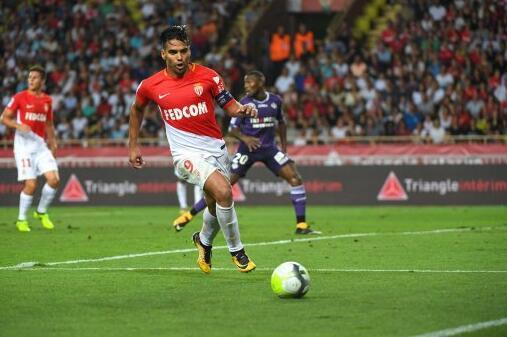 法甲-摩纳哥1-1憾平蒙彼利埃 法尔考联赛12球