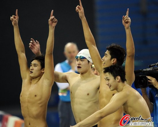 男4*200米接力 张琳领衔中国队首夺亚运金牌