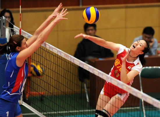 中国女排3-2塞尔维亚 周苏红2年后再为国效力