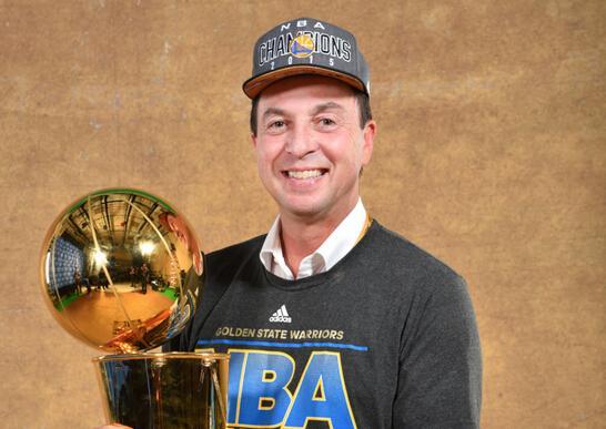 解读:NBA老板的生意经 名利双收征服体育圈