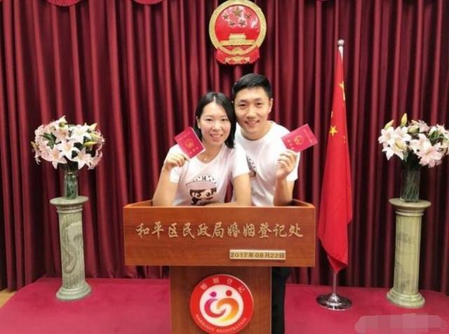 李晓霞接班历任乒坛女皇 婚礼还将再抢头条