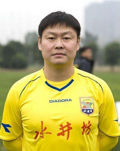 40岁姚夏复出 中国足坛唯一的副董事长球员