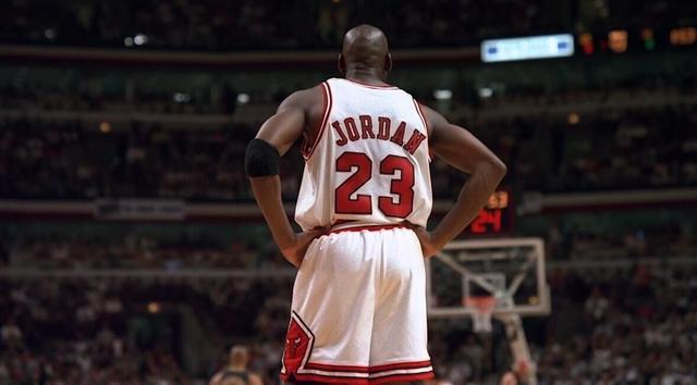 Michael Jordan的總冠軍賽之路,他就是一步一步把公牛帶上王座,然後就一直站在頂峰!