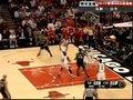 视频:马刺vs公牛 邓肯双转身展臂跳投命中