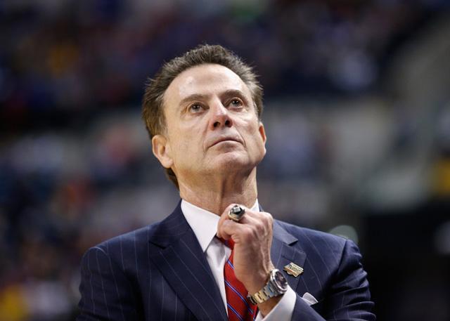 FBI证据指向皮蒂诺有罪 NCAA名帅受贿或违规招募