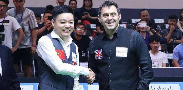 中英斯诺克挑战赛 中国队主将状态欠佳暂落后